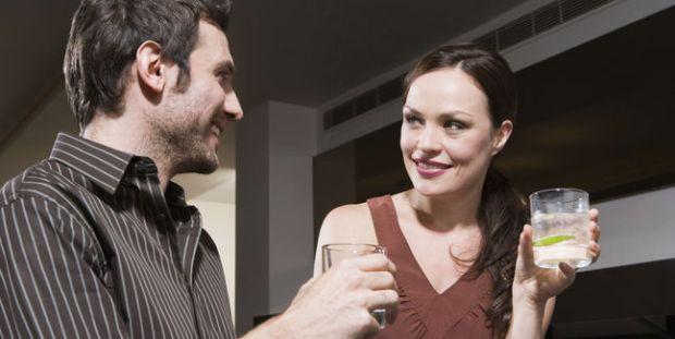 cita-citas-pareja-buscar_pareja-bar_MUJIMA20110719_0021_29