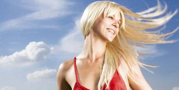 mujer-linda-rubia-primavera-baile_MUJIMA20110829_0022_33