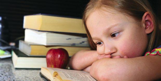 vuelta_al_cole-estudiar-leer-libros-chicos-getty-colegio-escuela_MUJIMA20130219_0010_6