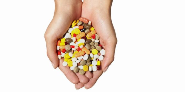 automedicacion-medicamentos-pastillas-dolor_de_cabeza-getty_MUJIMA20120921_0013_31