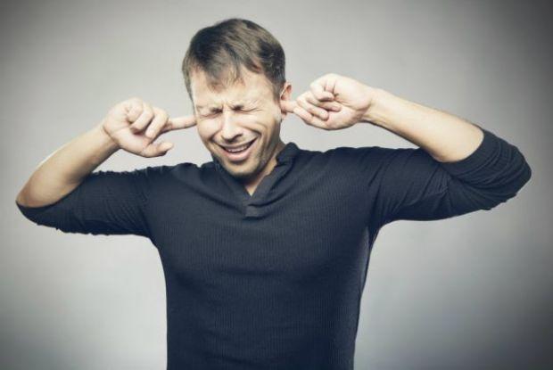 Riesgos-de-usar-auriculares-2