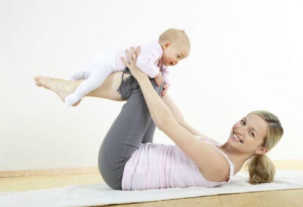 Consejos-para-practicar-yoga-con-tu-bebe